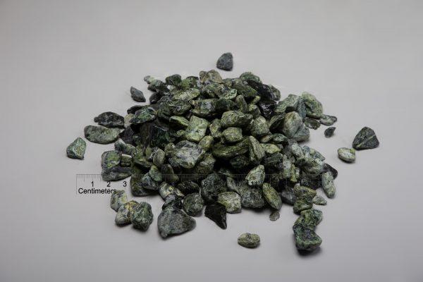 Dekoratyviniai akmenys fr. 20-40 mm, žalsvi (šlapia) www.ponasakmuo.lt