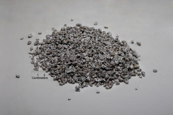 Granito skalda fr. 8-16 mm, šviesiai pilka (šlapia) www.ponasakmuo.lt