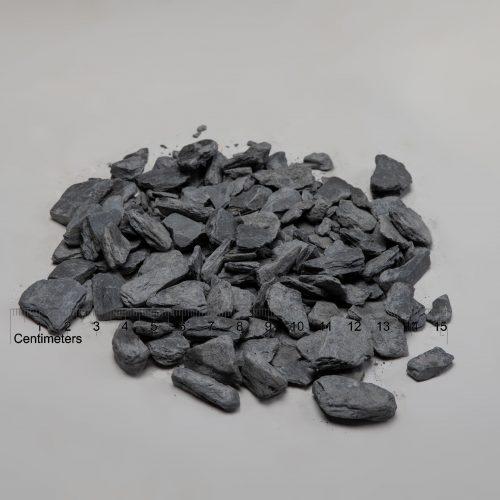 Skalūno skalda fr. 30-60 mm, juoda (sausa) www.ponasakmuo.lt