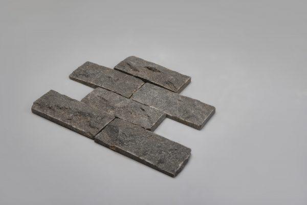 Fasadinės apdailinės plokštės Labradoritas 200x80x30mm.. www.ponasakmuo.lt