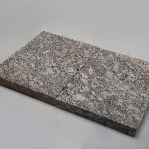 Granito plyta 250x160x30 mm www.ponasakmuo.lt