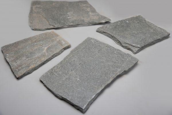 Grindinio plokštės KAVALAS, 2-3 cm storio, pilkos (apdirbta rankom) www.ponasakmuo.lt 1