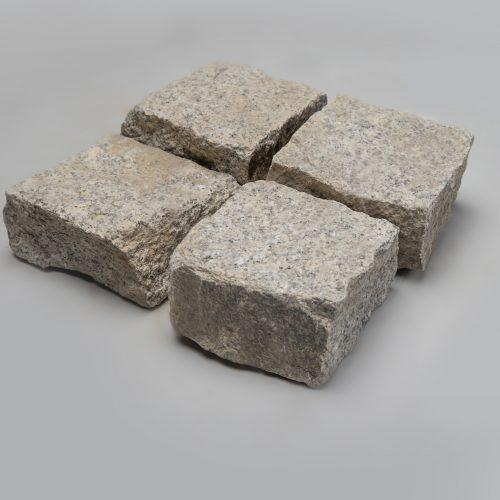 Skeltos granito trinkelės 15x18x8 cm, šviesiai pilkos www.ponasakmuo.lt