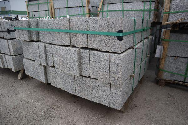 Granito bordiūrai 80-120x8x20cm, šviesiai pilki www.ponasakmuo.lt